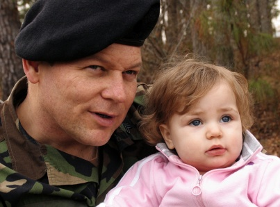 Kids of Deployed Soldiers Vulnerable to Stress