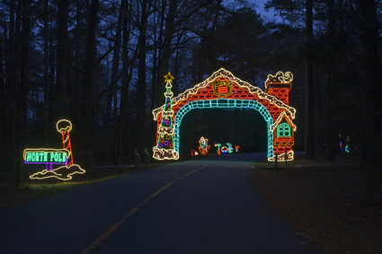 Fantasy in lights celebrates its 20th anniversary muscogee moms for Callaway gardens fantasy in lights
