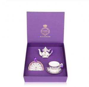 Buckingham Palace Queen Victorian Miniature Set (£50.00)